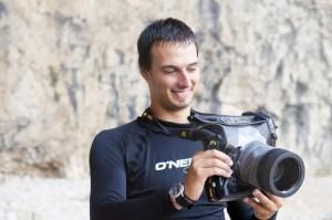 Setting Kamera di dalam DiCAPac Waterproof Case